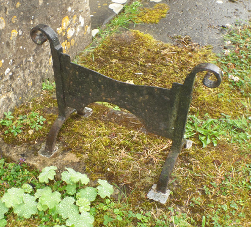 Boot scraper